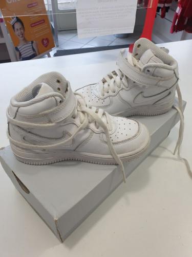 Nike Force 1 Scarpe Bianche 28
