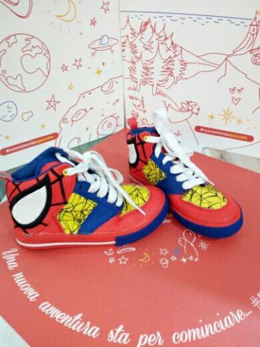 Scarpe Bimbo Rosse/gialle N.29 Spiderman