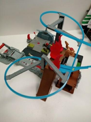 Pista Planes Pick Air Attack + Scuola Di Volo + Angar